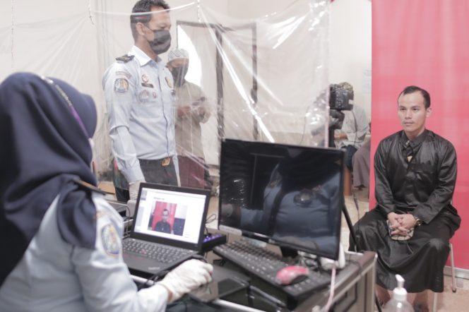 Luncurkan Aplikasi PECEL PINCUK JOSS, Petugas Kantor Imigrasi Madiun Jemput Bola Layani WNA